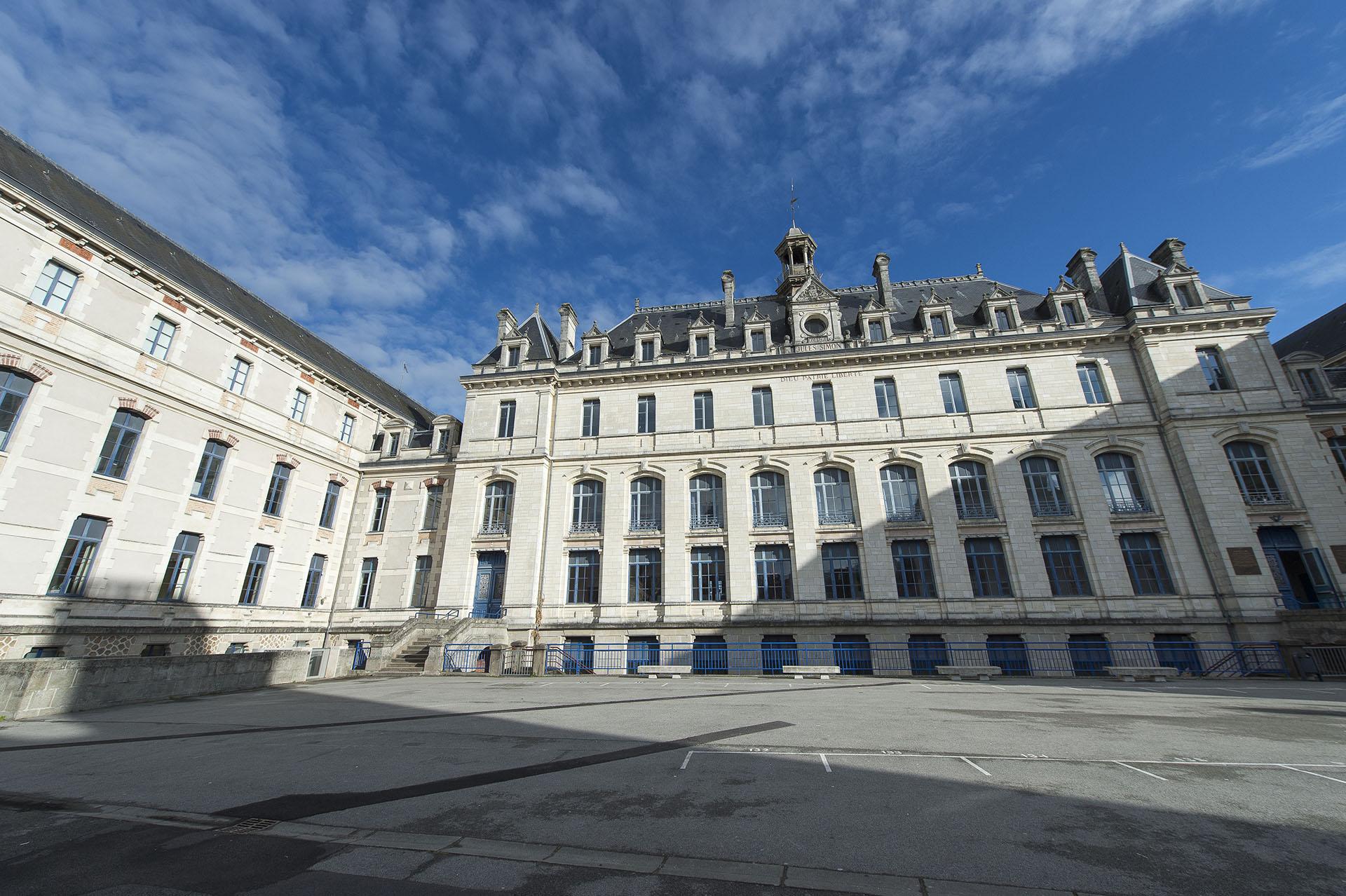 Collège Jules Simon Enseignement bilingues du breton Vannes