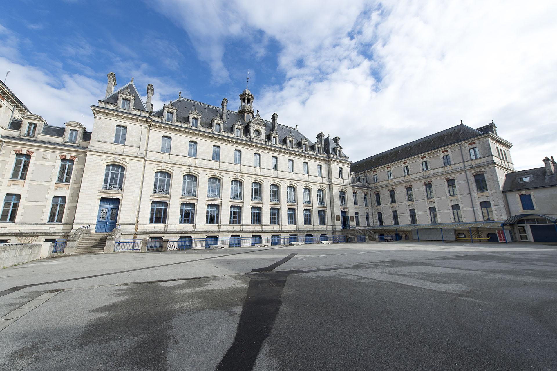 Bilingues Francais/Breton Collège Jules Simon